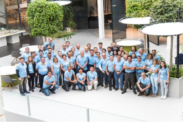 la convencin de distribuidores de latinoamrica de grupo cosentino regresa a almera