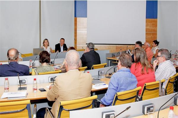 cevisama potenciar la visita de arquitectos e interioristas europeos