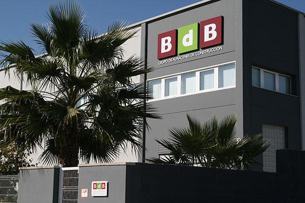 grupo bdb supera la cifra de los 300 puntos de venta
