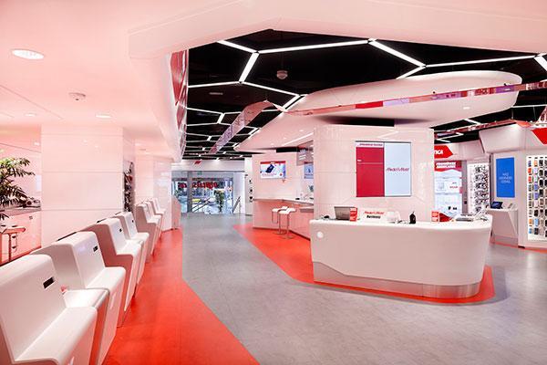 himacs presente en el primer digital store de media markt