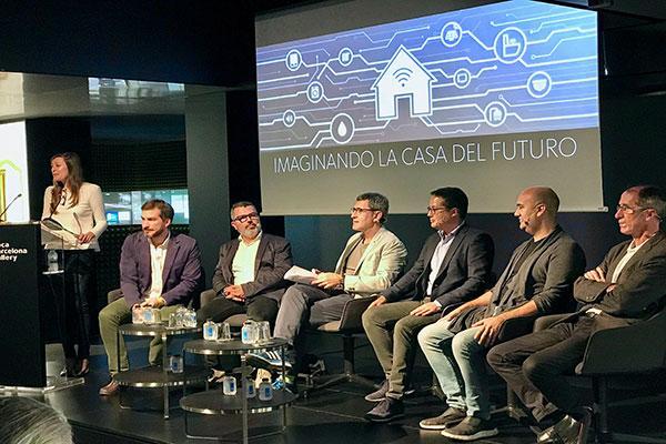 roca debate las posibilidades de los hogares del futuro