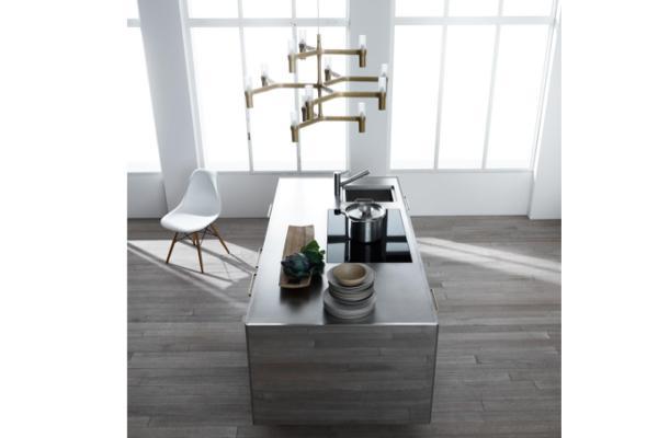 abimis muestra su nueva cocina con acabado tipo espejo