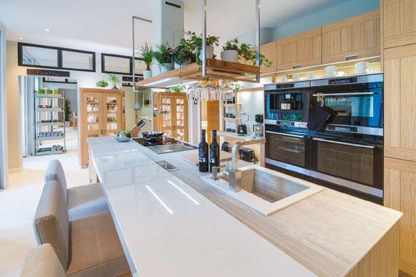 en la mayora de los hogares espaoles acaban imperando las cocinas estilo office