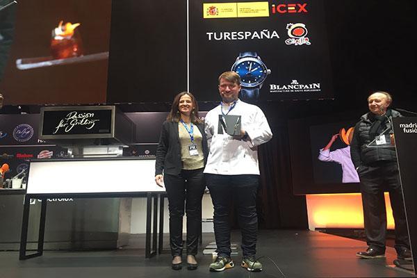 cosentino entrega el premio cocinero del ao en europanbspa sebastian frank en madrid fusin 2018