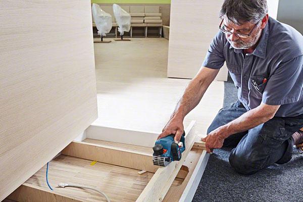 bosch ampla la gama de herramientas a batera de 12 v para profesionales