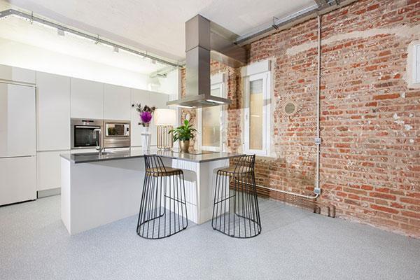 gerflor pavimenta la totalidad de una vivienda rediseada por in out studio