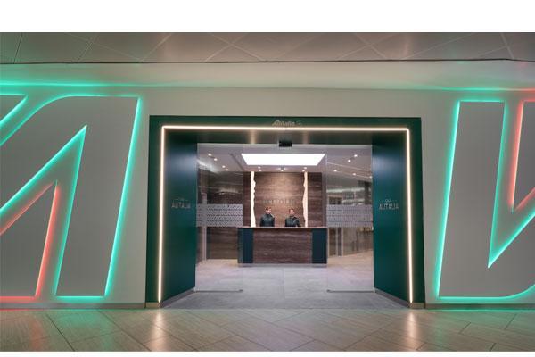 ceramica cielo equipa los baos del nuevo proyecto casa alitalia lounge en roma fiumicino