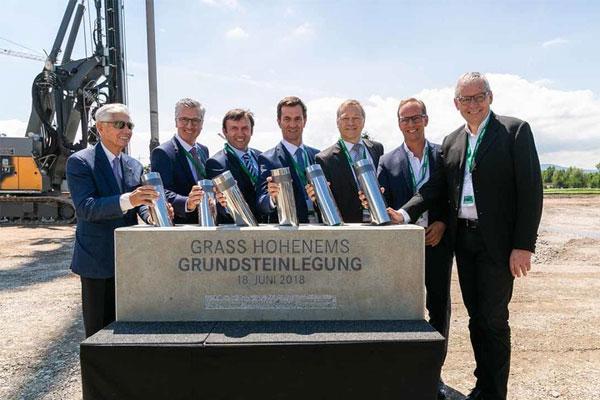 grass coloca la primera piedra de su nuevo almacn central en hohenems austria