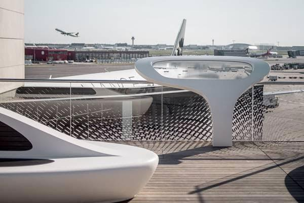 himacs realiza la nueva azotea open air deck del aeropuerto de frankfurt