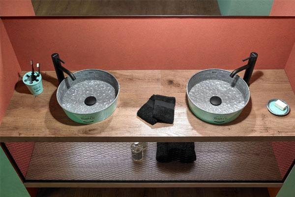 bathco se suma al metallic look con la coleccin kioto
