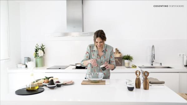 cosentino lanza el programa culinario top foodie