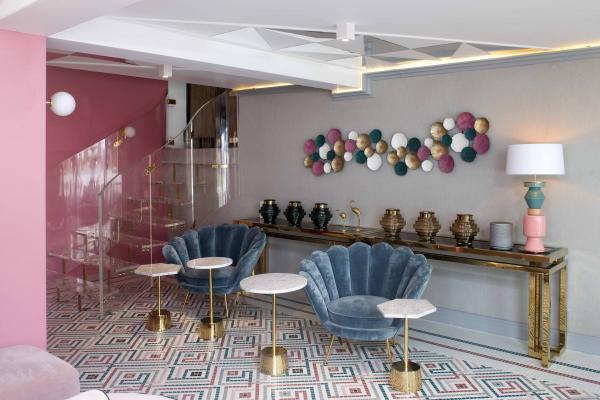 el mosaico hisbalit viaja a casacor per para revestir un garaje transformado en gastrobar