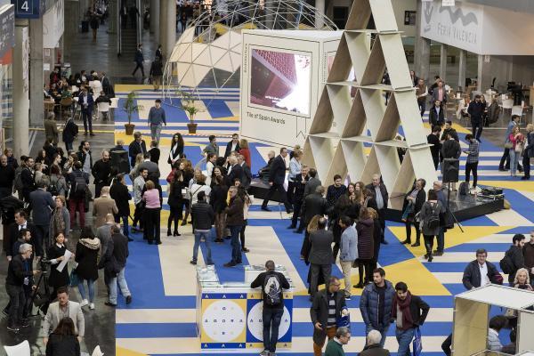 cevisama refuerza su carcter internacional y supera por primera vez los 20000 visitantes extranjeros