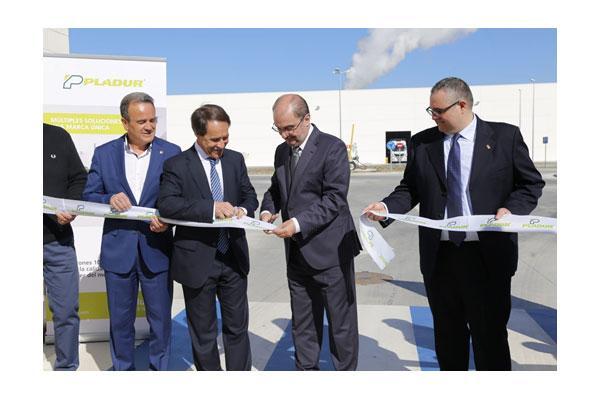 el presidente de aragn inaugura la nueva fbrica de pladur en zaragoza