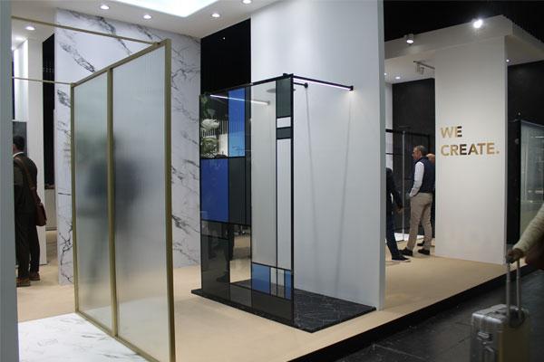 profiltek supera el lmite de personalizacin posible de espacios de ducha en cevisama