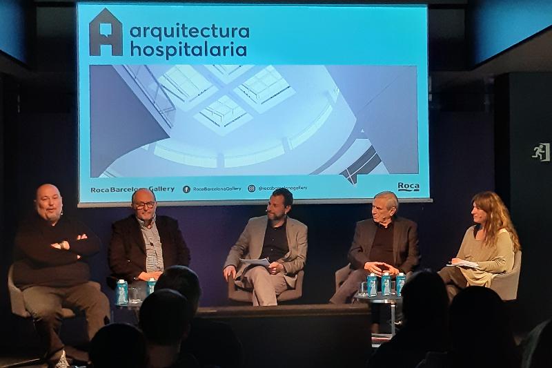 roca-dedica-una-conferencia-a-la-arquitectura-hospitalaria