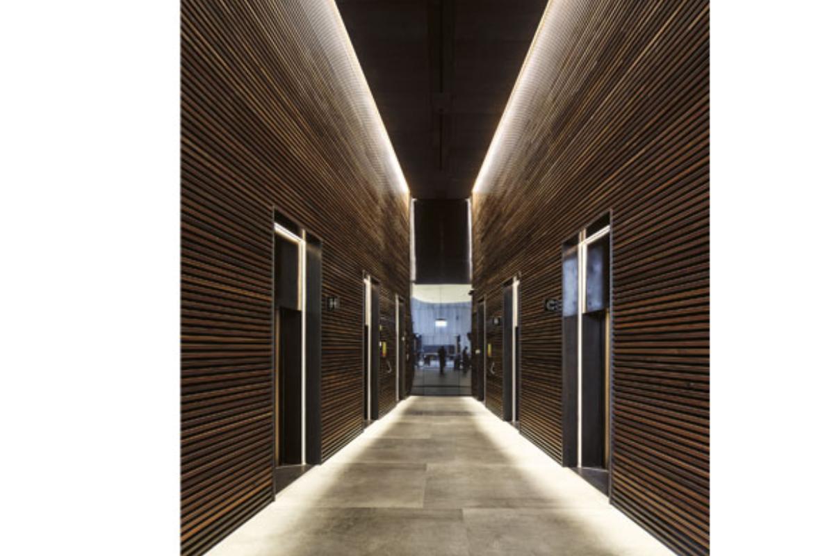 ms de 28000 m2 de dekton by cosentino revisten el conjunto del edificio toha