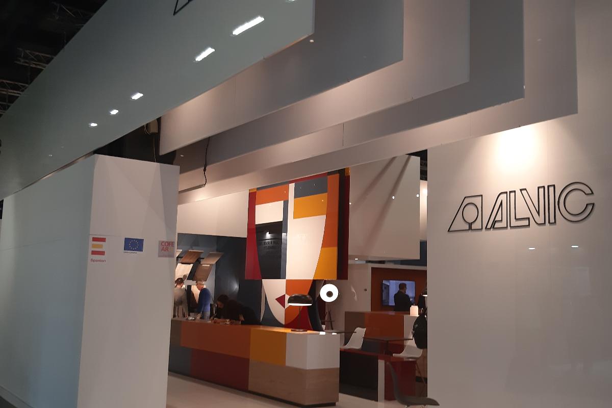 13 empresas espaolas coordinadas por cofearfe y el icex muestran su satisfaccin en interzum 2019