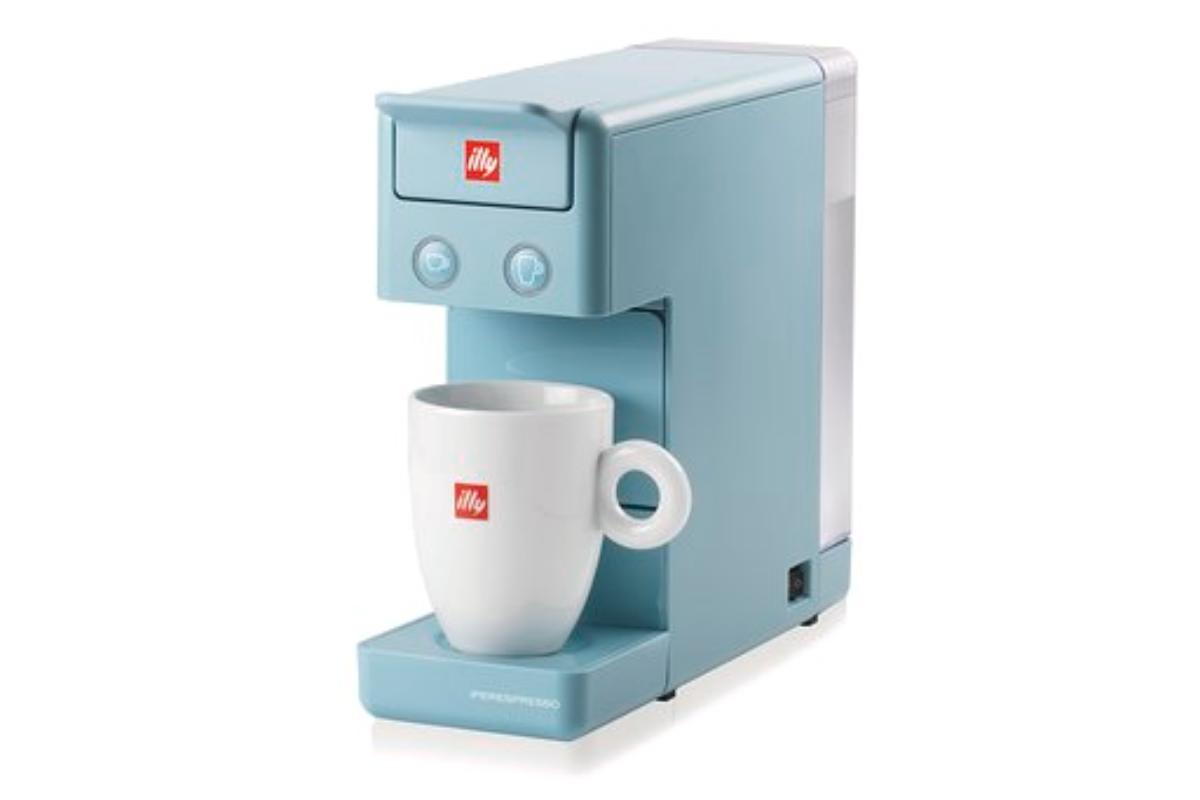 illycaff presenta su nueva cafetera diseada por piero lissoni e inspirada en el azul del mediterrneo