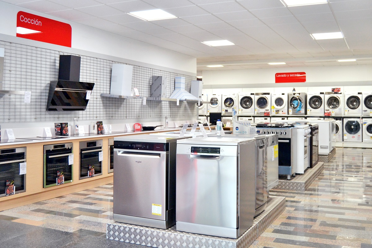 cenor contina el proceso de renovacin de sus tiendas