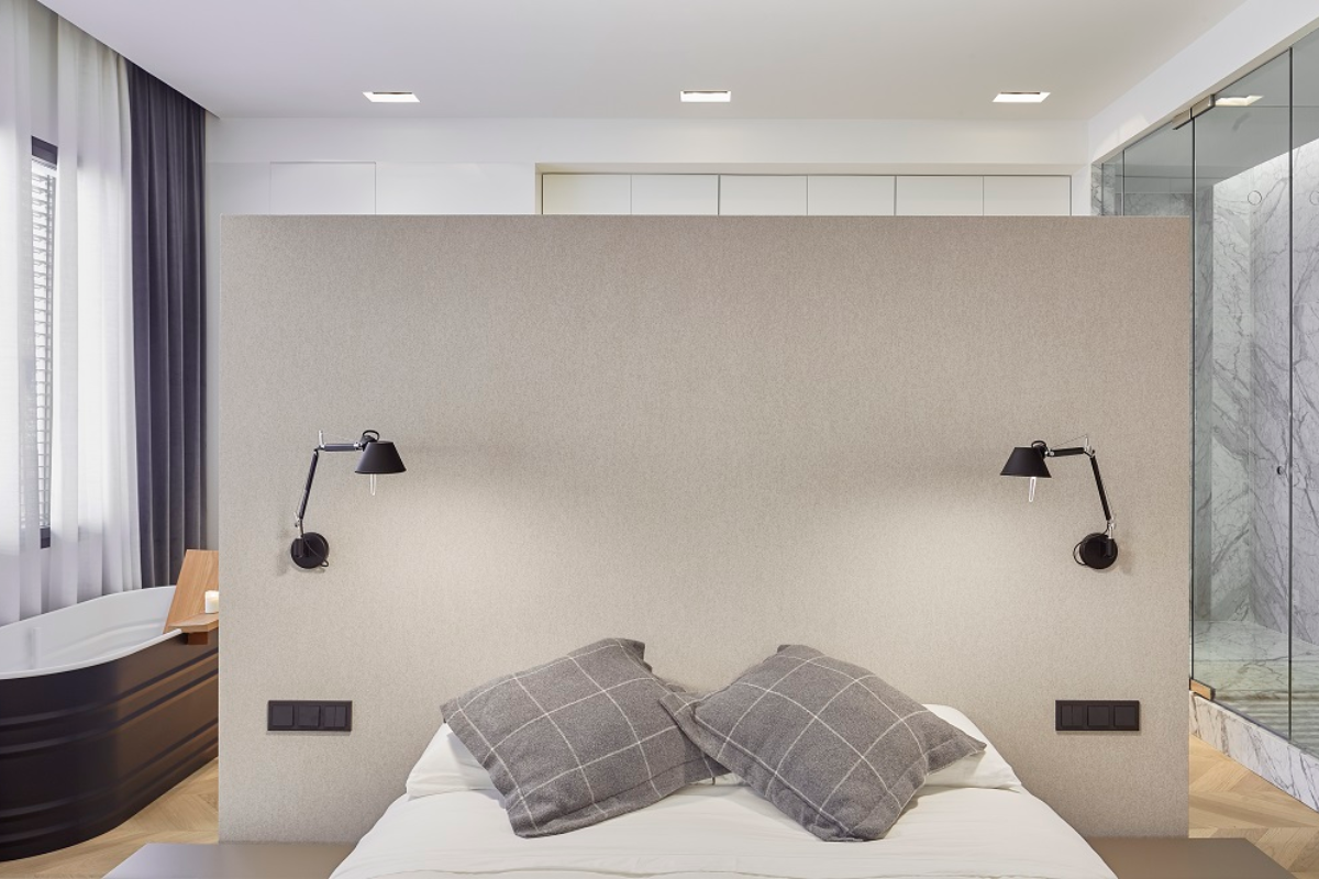 ladaa arquitectura escoge los interruptores e2 de gira para una vivienda muy contempornea