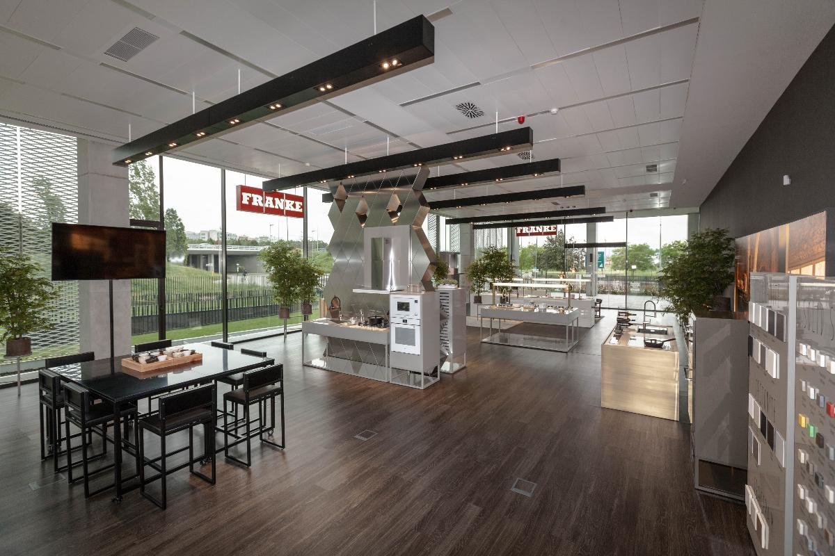 franke-showroom-barcelona-se-renueva-y-amplia-su-gama-de-productos-