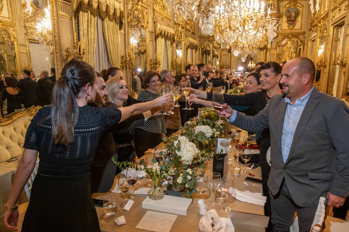grupo cosentino se viste de gala para homenajear a sus mejores tiendas