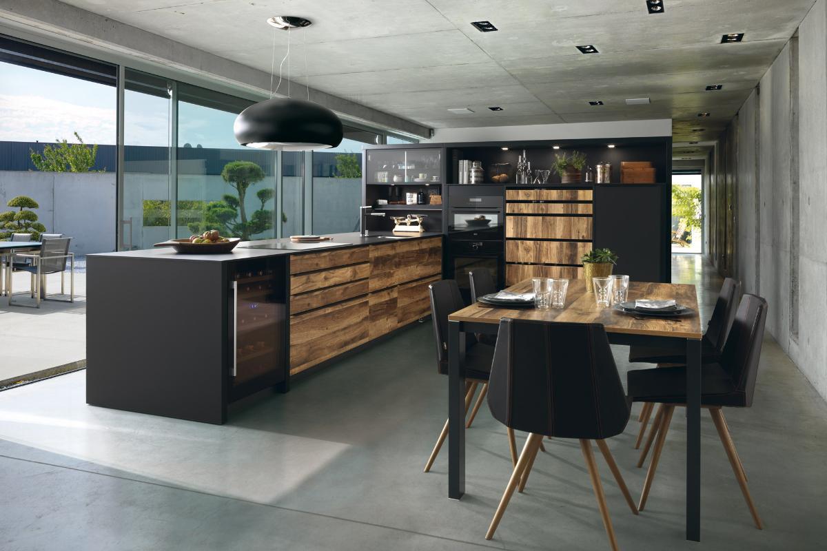 la madera denominador comn en las cocinas de schmidt