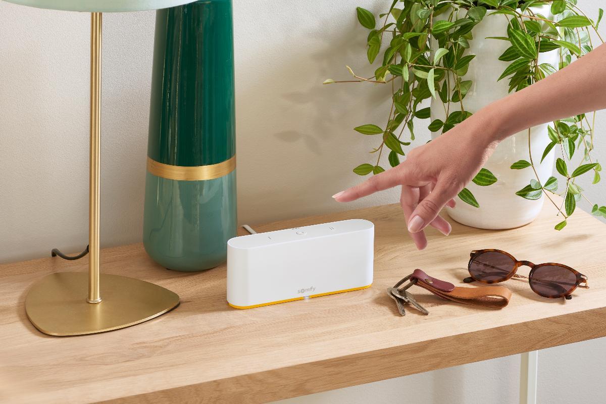 controla tu hogar a golpe de clic con tahoma switch de somfy