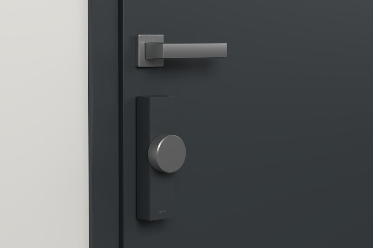mantn tu casa segura con la cerradura inteligente y el videoportero de somfy