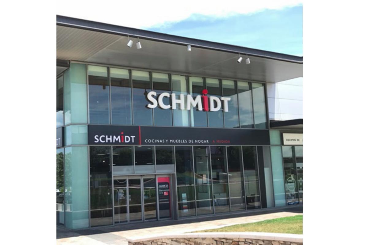 schmidt se marca como objetivo para 2020 llegar a las 73 tiendas en espaa