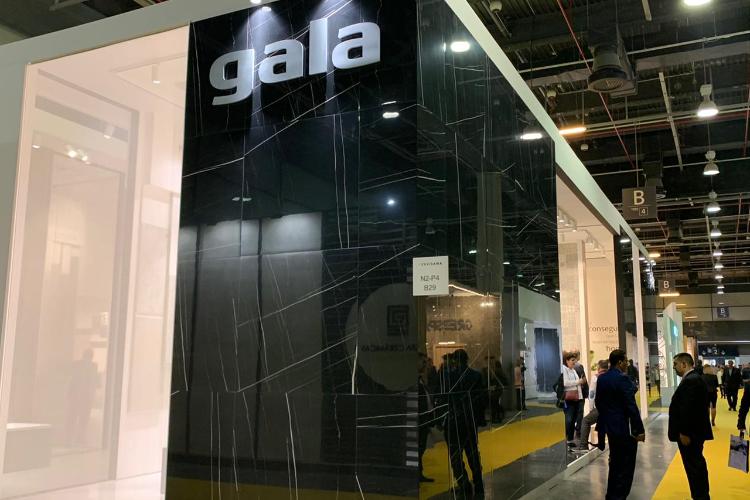 gala presenta sus novedades en cermica y equipamiento de bao en cevisama