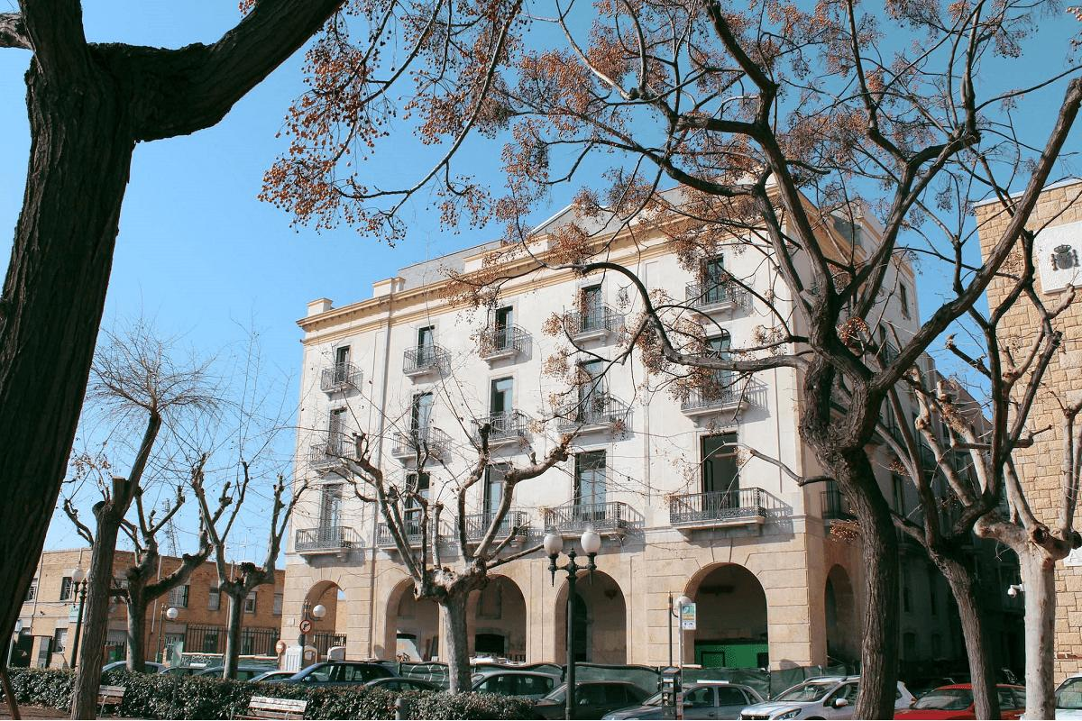 un-inmueble-historicoartistico-transformado-en-apartamentos-turisticos-sost