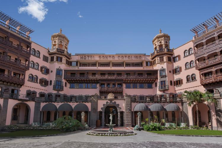 santa catalina a royal hideaway hotel un complejo de lujo con 130 aos de historia