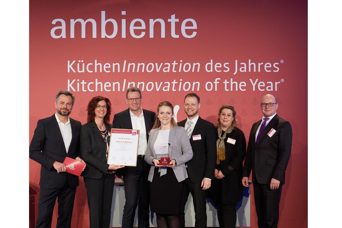 la grifera aquno select m81 de hansgrohe premiada con el kitcheninnovation of the year 2020