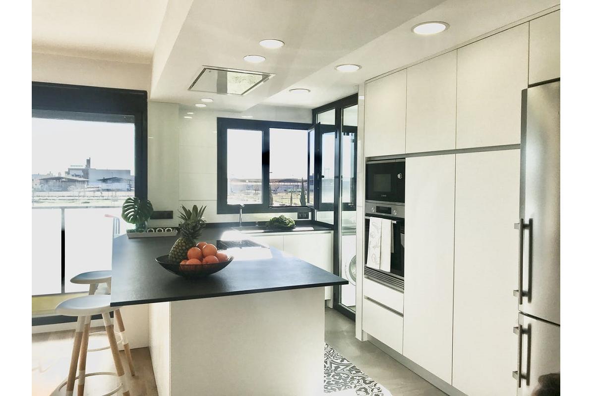 claves para una cocina saludable ventilacin luz exterior e higiene