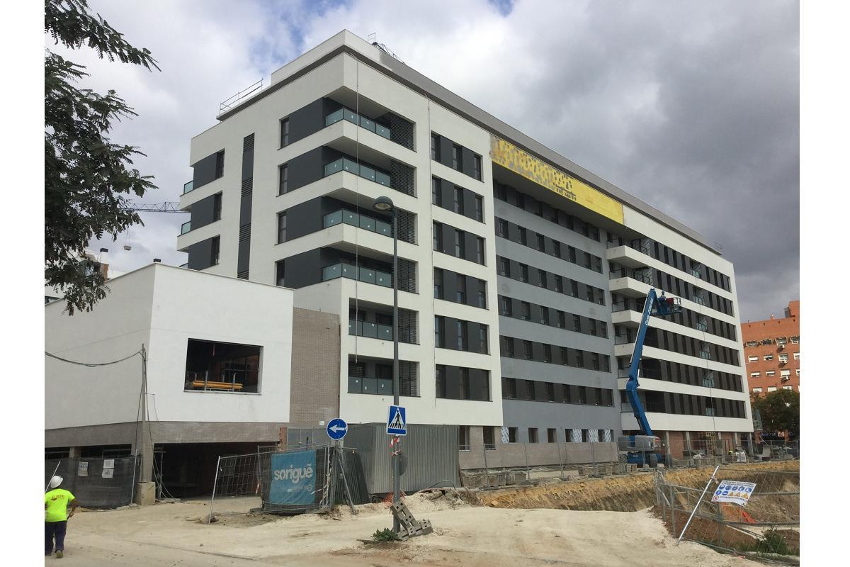 atrio arquitectura confa en isover para el proyecto residencial argos