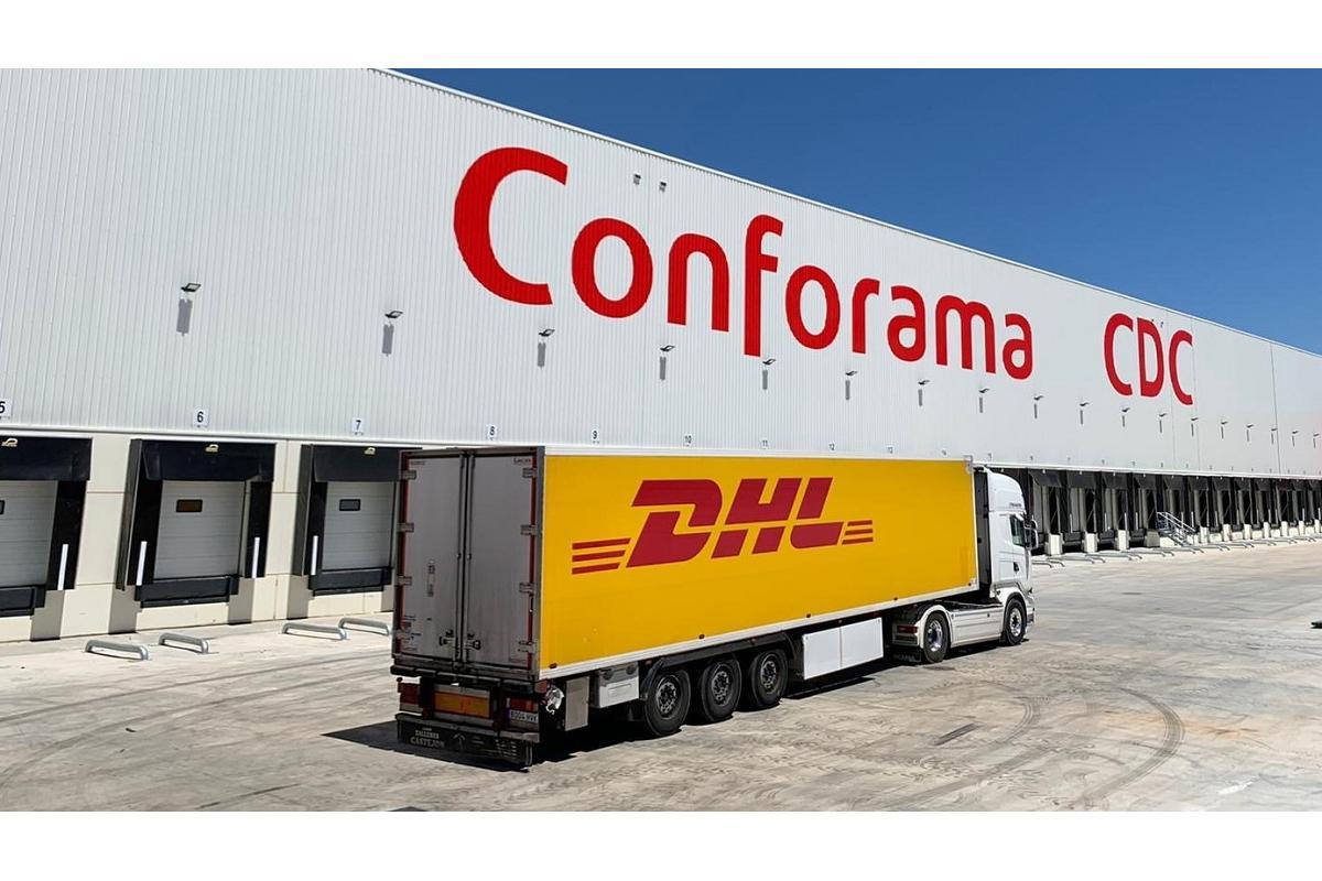 dhl gestiona la nueva plataforma logstica de conforama en llria