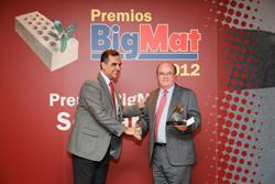 bigmat entrega los premios solidaridad bigmat 2012
