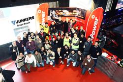 junkers invita a sus clientes a un evento de pilotaje deportivo