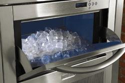kitchen aid presenta un nuevo fabricador de hielo