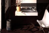 cosentino exhibe nuevos platos de ducha y lavabos en cevisama