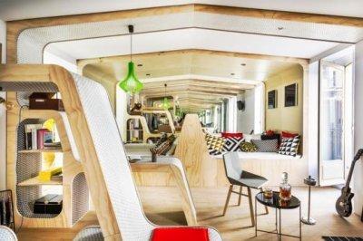 el espacio modulor de hisbalit muy presente en casa decor
