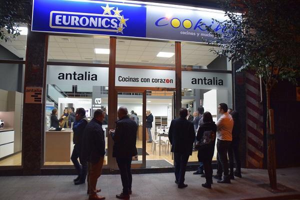 euronics cooking ampla sus puntos de venta en zamora
