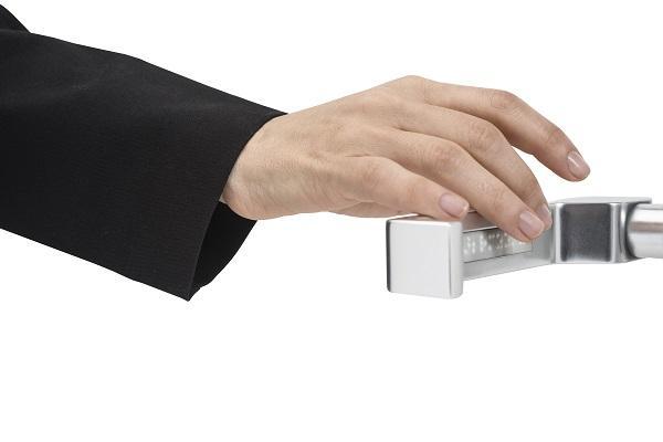 ferretera ortiz presenta clear la manilla accesible de la firma fsb