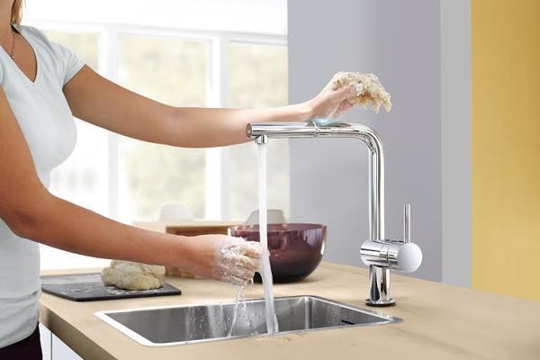 grohe reinventa el grifo de cocina con minta touch