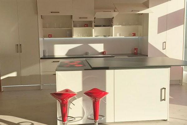 hfele inaugura una nueva tienda en tomares sevilla