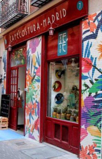 hisbalit reviste la fachada de esttica tropical en la v edicin de decoraccin