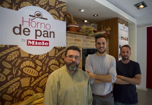 horno de pan by miele llega a barcelona