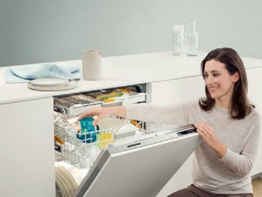 el lavavajillas ecoflex protagonista de la 2 campaa en televisin de miele